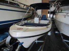 Motorboot Kiebitz 510-wie NEU, da Ausstellungsboot, € 15.000,00